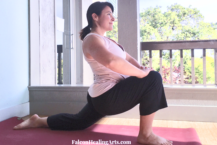 lunge yoga asana low back pain